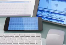 Comment fusionner des cellules dans des feuilles Excel et Google