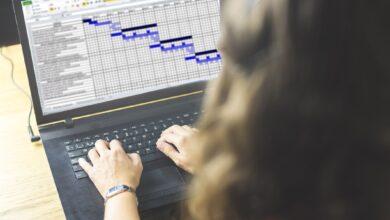 Comment geler les titres des colonnes et des lignes dans Excel