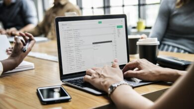Comment accéder aux e-mails archivés dans Outlook