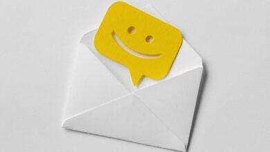 Comment ajouter une image de fond fixe aux e-mails Outlook