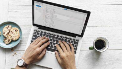 Comment trouver des messages connexes avec Outlook