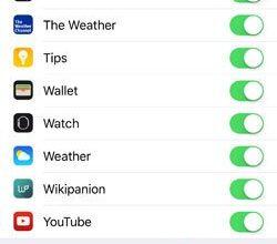 Désactivez l'assistance Wi-Fi pour éviter que votre utilisation de données mobiles ne soit trop importante.